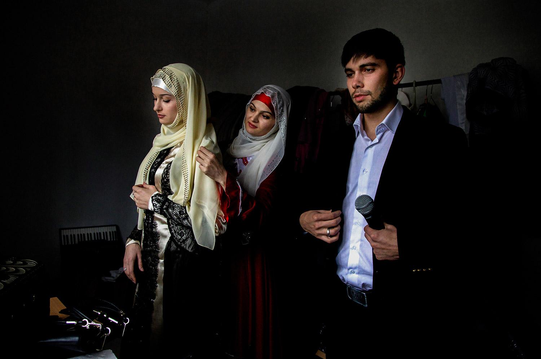 Чеченцы ебут девочку 4 фотография